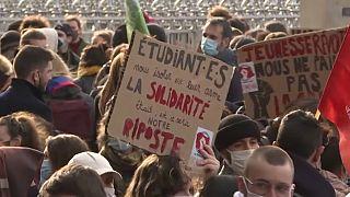 Studenti francesi in piazza