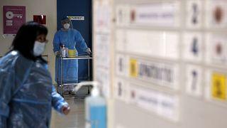 Νοσηλεύτρια σε νοσοκομείο της Αθήνας