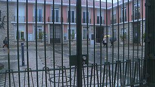Une école fermée au Portugal