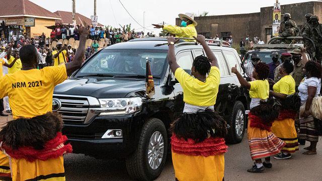 Ouganda : Yoweri Museveni acclamé par ses partisans
