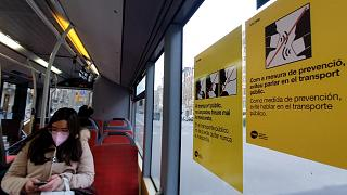 Signs asking passengers to stay silent on public transport in Barcelona