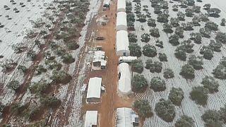 Συρία: Χιονοθύελλα σε προσφυγικό καταυλισμό