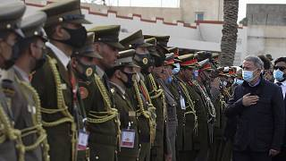 Επίσκεψη του υπουργού Άμυνας της Τουρκίας Χουλουσί Ακάρ τον Δεκέμβριο στη Λιβύη (φωτογραφία αρχείου)
