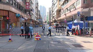 Teljesen lezártak egy hongkongi negyedet