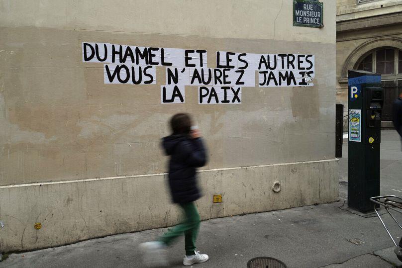 Francois Mori/AP