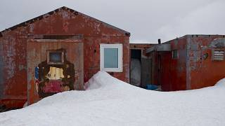 FILE: Jan. 24, 2015 - Buildings used by Chile's scientists on Robert Island, part of the South Shetland Islands archipelago in Antarctica