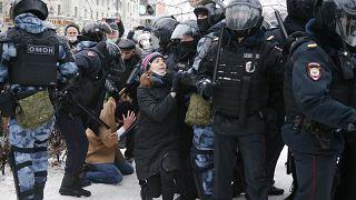 خلال التظاهرات في موسكو أمس