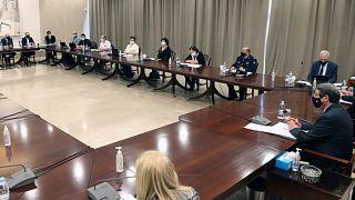 Σύσκεψη επιτροπής επιδημιολόγων υπό τον ΠτΔ