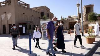 إسرائيليون  يزورون حي الفهيدي التاريخي في دبي