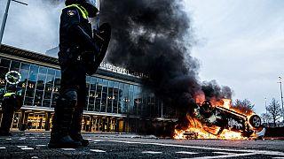 Brandstiftungen gab es auch am Hauptbahnhof von Eindhoven