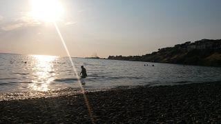 Yunanistan eski bakanlarından Sifis Valirakis denizde ölü bulundu.