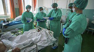 Archív - a Szent János Kórház COVID-osztálya egy májusban készült képen