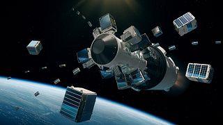 """قمر اصطناعي لشركة """"سبايس اكس"""" في الفضاء"""