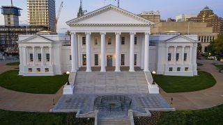 Archives : le Capitole de Virginie, siège de l'Assemblée générale l'Etat, à à Richmond le 2 avril 2020