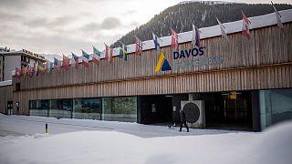 مركز المؤتمرات في دافوس، سويسرا، يوم الاثنين 25 يناير 2021.