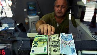 Kasım ayından bu yana Türkiye'ye sıcak para girişi 15 milyar doları buldu