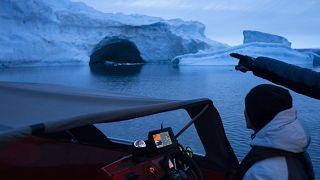 1990'ların ortalarından bu yana 28 trilyon ton buz tabakası ve buzul eridi