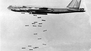 بمب افکن بی-۵۲ آمریکا