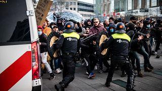 هولندا: أعمال شغب