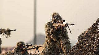عناصر من القوات المسلحة السعودية خلال استعراض عسكري (أرشيف)