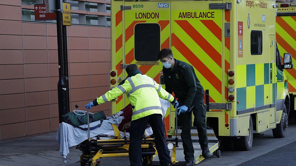 Koronavírus: már több mint százezren haltak meg az Egyesült Királyságban
