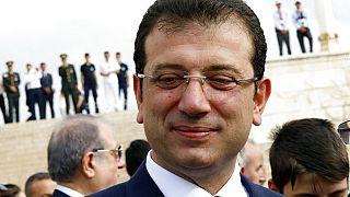 İBB Başkanı Ekrem İmamoğlu, 2020 Haziran'ında Fatih Sultan Mehmet'e ait bir tabloyu belediye bünyesine katmıştı.