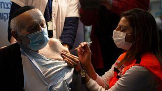 واکسیناسیون کرونا در اسرائیل