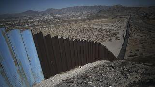 ABD ve Meksika arasına kurulan sınır duvarı