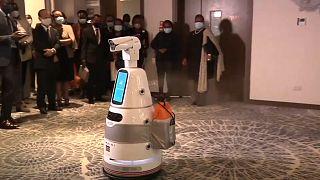 Kenya : des robots contre le coronavirus