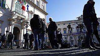 El presidente Mattarella empieza las consultas y exige a Conte aliados sólidos para otro Gobierno