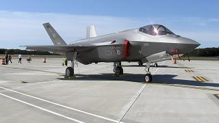 23 milyar dolarlık anlaşmada 50 adet F-35 tipi savaş uçağı, insansız hava araçları ve mühimmat bulunuyor