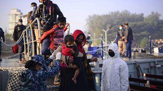 Refugiados trasladados en Bangladesh, uno de los países con peor índice de percepción de la corrupción