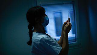 Yolsuzluk arttıkça koronavirüsle mücadele zorlaşıyor / Arşiv