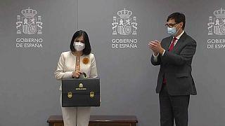 Carolina Darias recibe la cartera de Sanidad