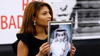 السعودية نيوز |      كندا: البرلمان يقر مذكرة تطالب بمنح الجنسية للمدوّن السعودي رائف بدوي