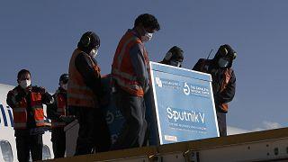 Αποστολή εμβολίων Sputnik V στην Βολιβία.