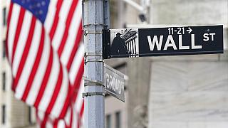 Exército de pequenos investidores derruba tubarões de Wall Street