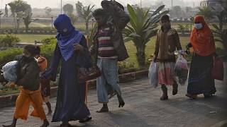 Bangladeş, Arakanlı Müslüman mültecileri 2017 yılına kadar kimsenin yaşamadığı Bhasan Char Adası'na göndermeye devam ediyor.