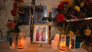 العائلات في غواتيمالا تبكي مقتل أحبائها في المكسيك