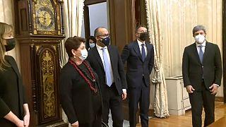 Sábado de reuniones en busca de un nuevo Gobierno en Italia