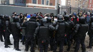 Protestolar, Sibirya ve Rusya'nın uzak doğusundan St Petersberg'e ve başkent Moskova'ya kadar birçok Rus şehrinde gerçekleşti