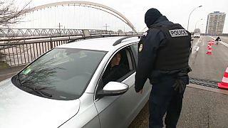 La police contrôle les entrées entre la France et l'Allemagne