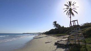 Una playa desierta de turistas en Cuba