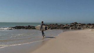 Dakhla, le paradis des surfeurs, doit faire sans les touristes