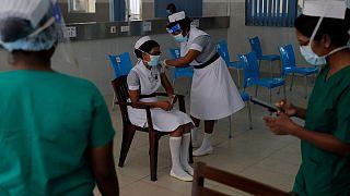 واکسیناسیون کادر درمانی در سریلانکا