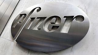 Pfizer prevé ingresos millonarios por su vacuna contra la COVID-19
