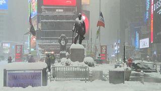 Μια «μεγάλη χιονοθύελλα» πλήττει την Νέα Υόρκη