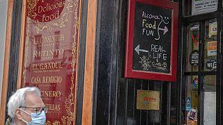 Exterior de un bar en España