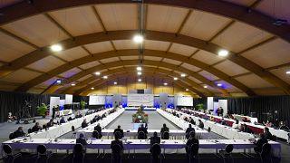الليبيون يختارون مسؤولي المرحلة الانتقالية برعاية الامم المتحدة