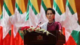 Myanmar'da darbe: Aung San Suu Kyi, ticaret kuralını ihlal etmekle suçlandı